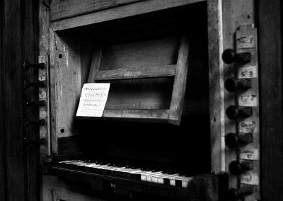 Am Orgelspieltisch in Hamruden