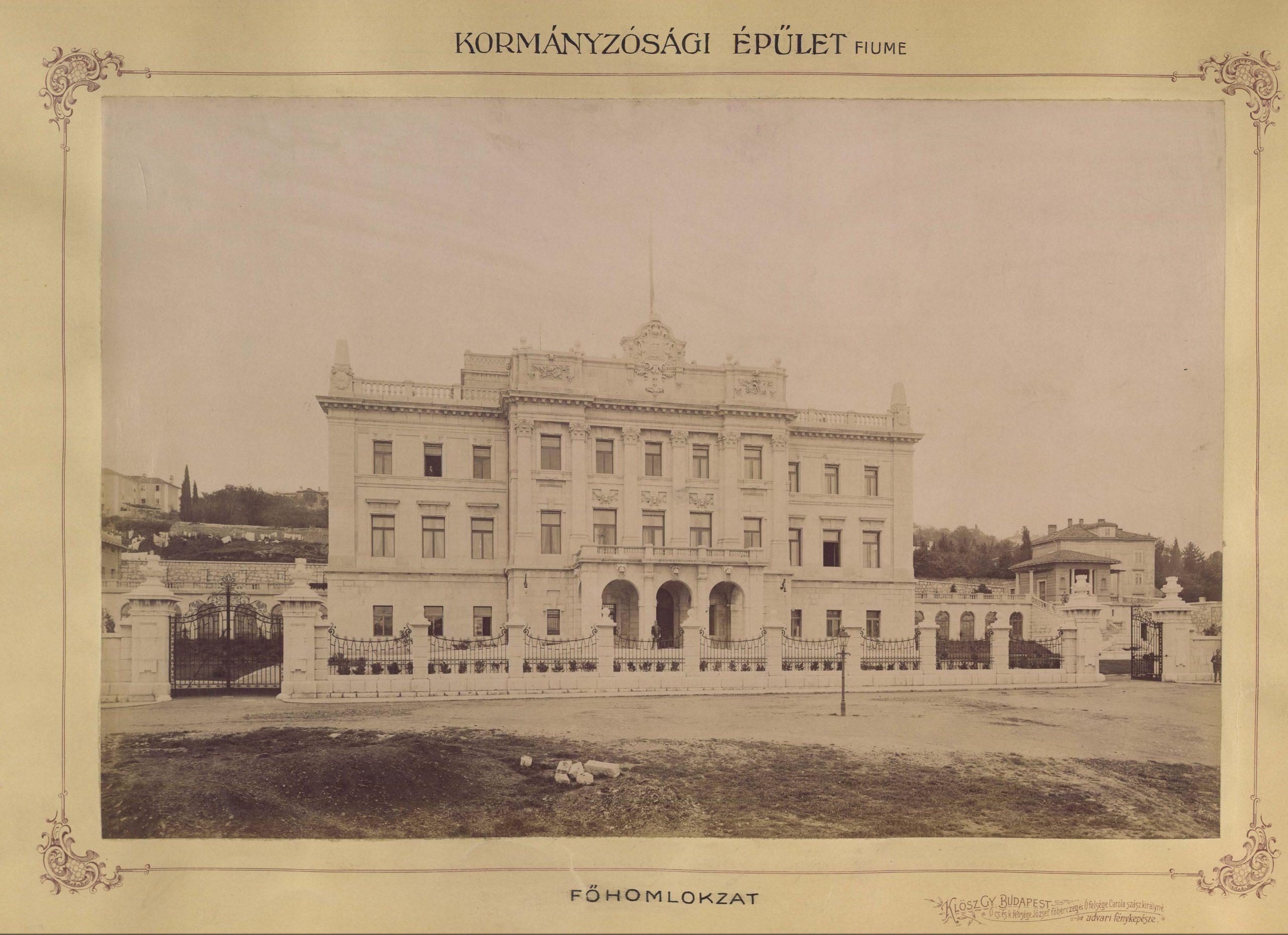 Die von Alajos/Alois Hauszmann entworfene Hauptfassade des Gouverneurspalastes in Fiume/Rijeka um 1897–1899.